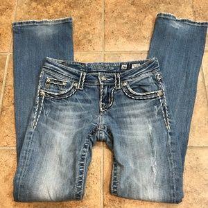 Miss Me Jeans, Style JS5014B25L. Size 26.